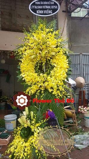 vòng hoa tang lễ kiểu miền nam ở 354