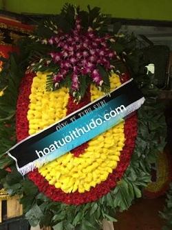 vòng hoa to đại tại cầu giấy