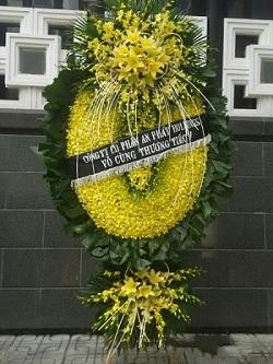 vòng hoa oan to đại lan vàn tại nhà tang lễ cầu giấy